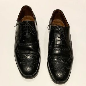 Men's Polo Ralph Lauren leather wing tips.